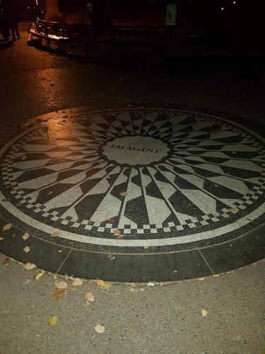 New York - Central Park, Ice Skating and John Lennon