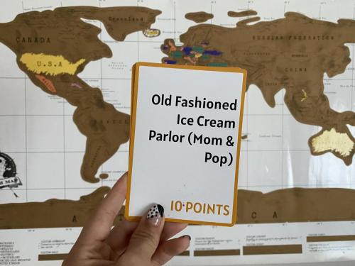 Camera Caper Challenge Card - Ice cream Parlour